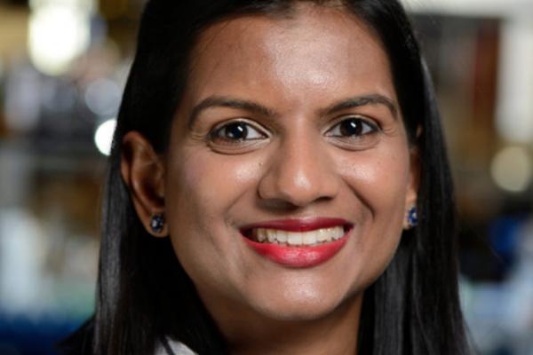 Hasini Jayatilaka - Телеонколог
